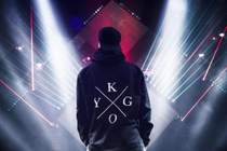Kygo - Firestone (feat. Conrad Sewell) (Acoustic Piano Live on Skavlan)